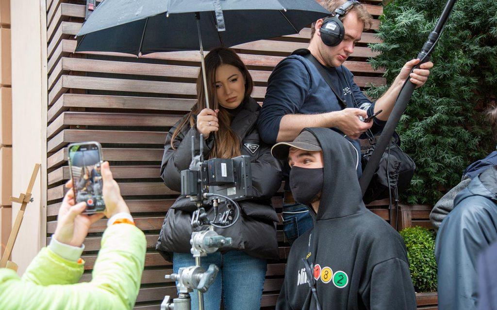 Na planie filmowym kina Incydent w hotelu Wall Street